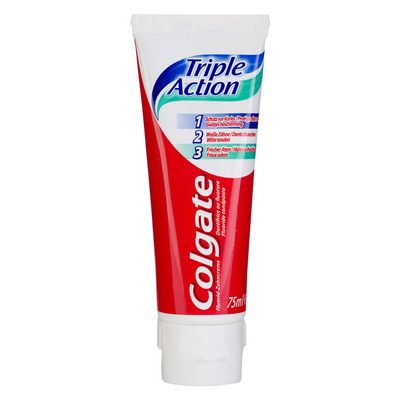 Colgate Triple action tandpasta