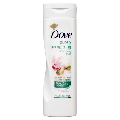 Dove Bodylotion pistache & meiklokjes