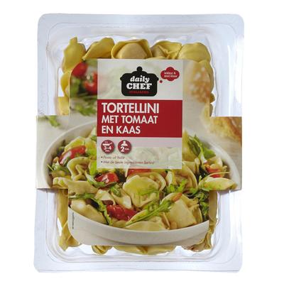 Huismerk Tortellini Met Tomaat En Kaas