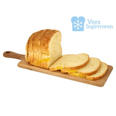 Goudeerlijk Halfje Gesneden Boeren Maïs Brood (Vers Ingevroren)
